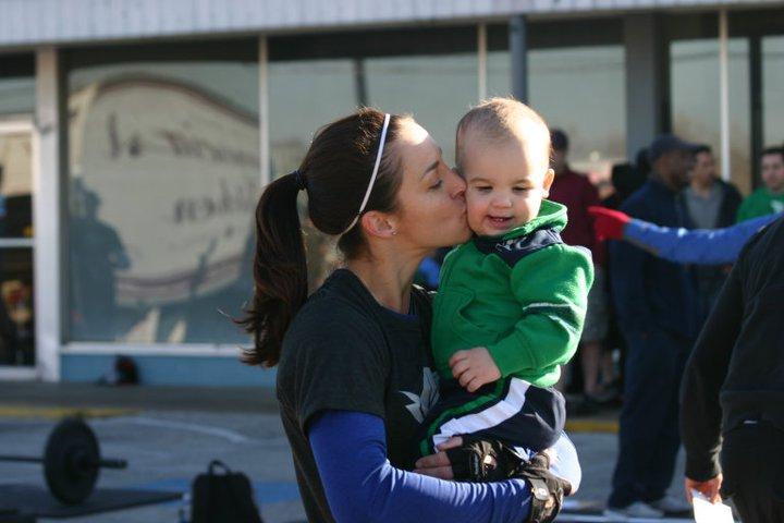 Amanda Schwartz crossfit supermum crossfit super-mom crossfit supermom