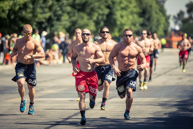 tips to running faster and farther crossfit training for a marathon